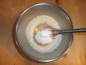 Farine + sucre + levure